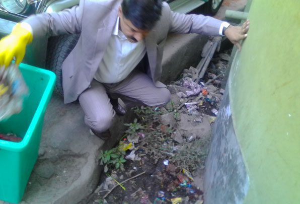 PCCF cum Pr Secretary clearing clogged drains