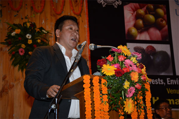 Forests Minister Shri T W Lepcha addressing the gathering