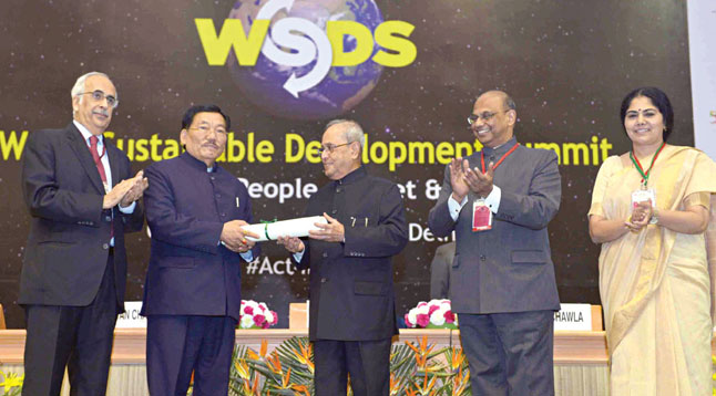 Sustainable Development Leadership Award to Shri Pawan Chamling, Chief Minister of Sikkim